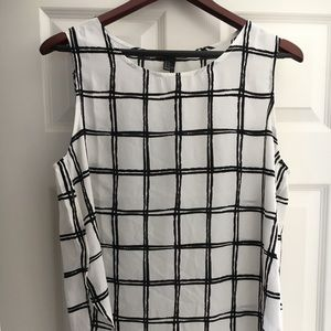 Tops - Grid print sleeveless top